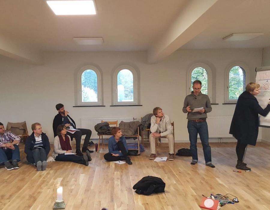 Facilitatrice : dynamique de groupes et travail collaboratif